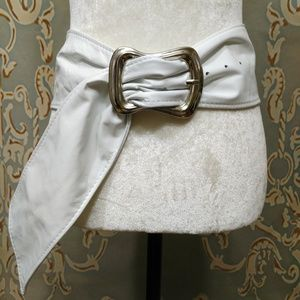 Vintage 80s Wide Womens Belt Soft White Leather M